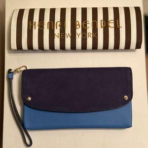 NWT Authentic Henri Bendel Lenox Flap Wallet
